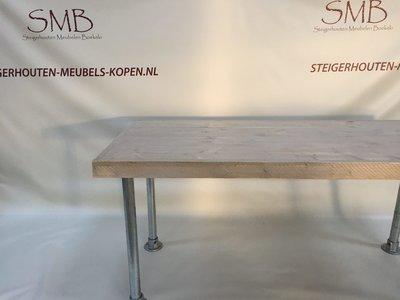 Eettafel van steigerhout Lonneker